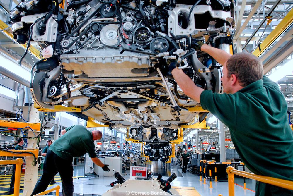 Indústria automobilística deve registrar melhor resultado em cinco anos -  Abracomex