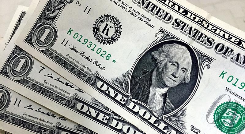 Entrada de dólares supera saída em US$ 9,291 bi no ano até 2 de fevereiro, diz BC