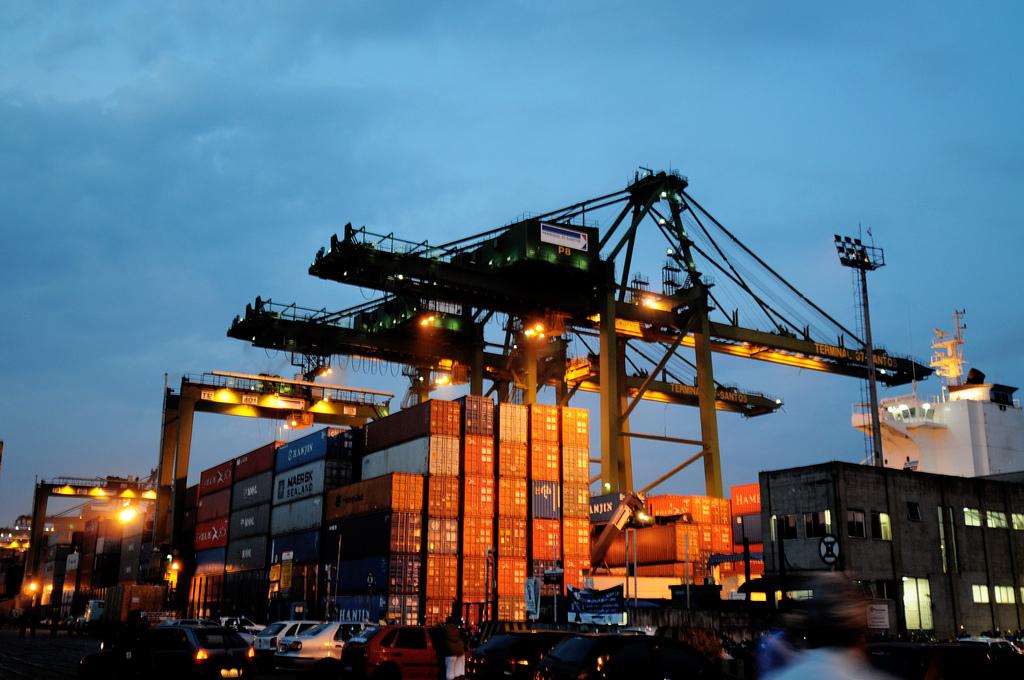 Balança comercial do Rio de Janeiro registra superávit de US$ 2,5 bi no primeiro bimestre