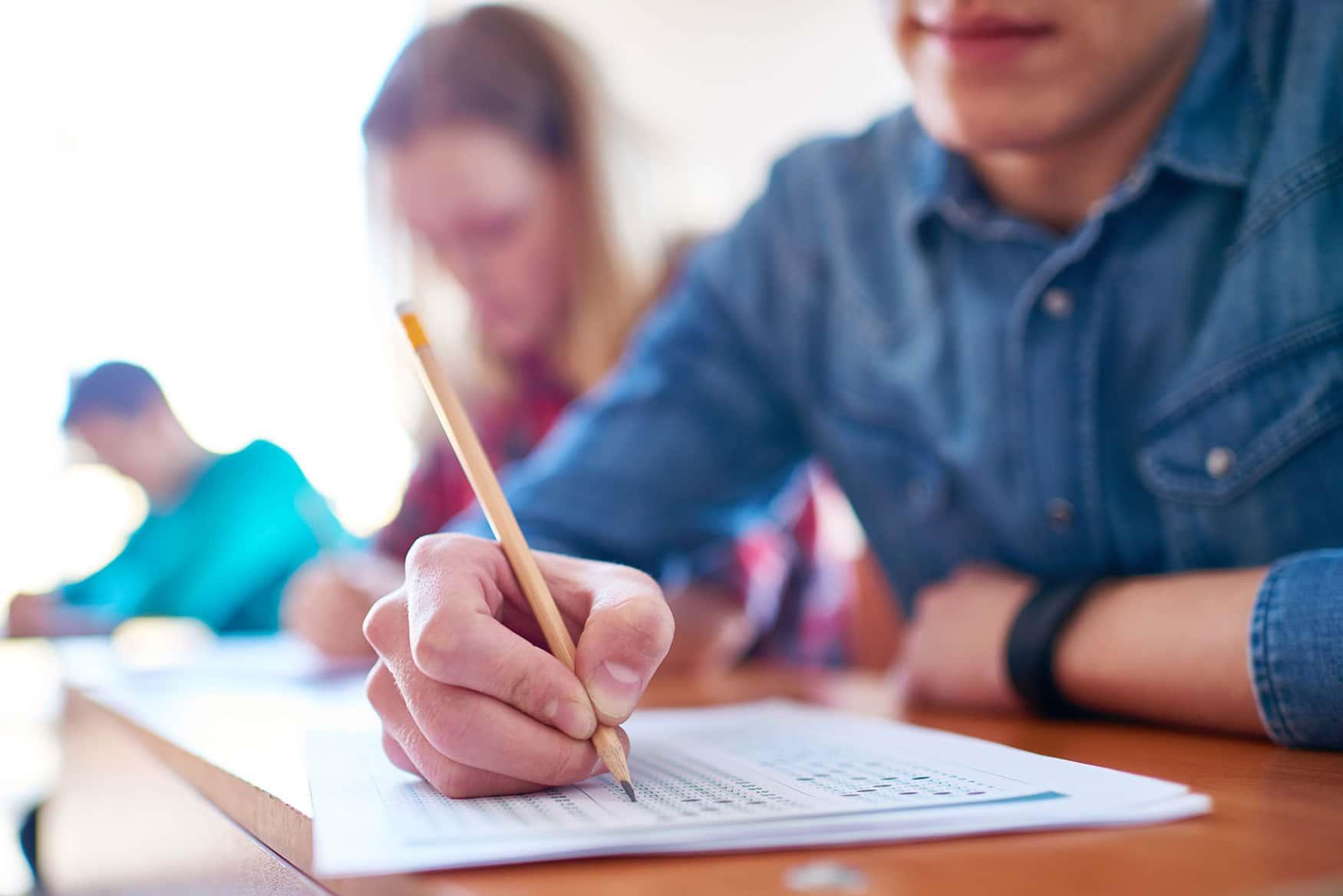 Como funciona o processo de candidatura a uma universidade americana?