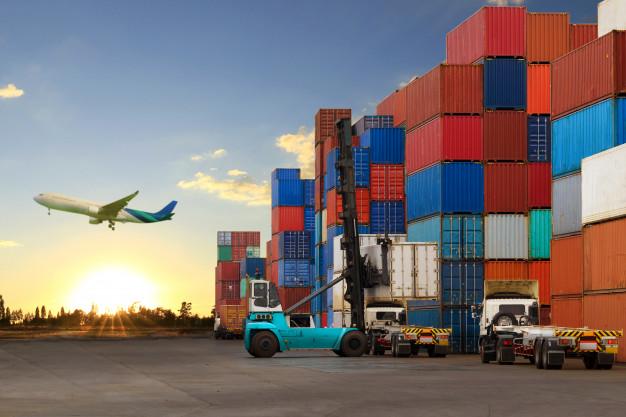 Vou negociar com o exterior, mas qual o melhor transporte para exportar?