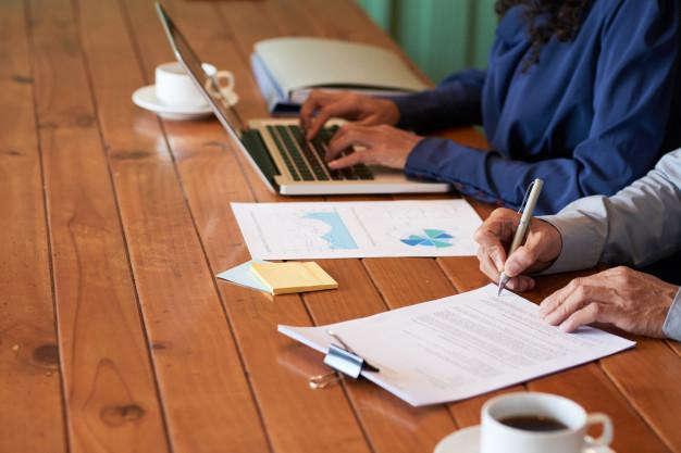 Contrato de câmbio: a importância de conhecer o mercado antes de fechar contrato