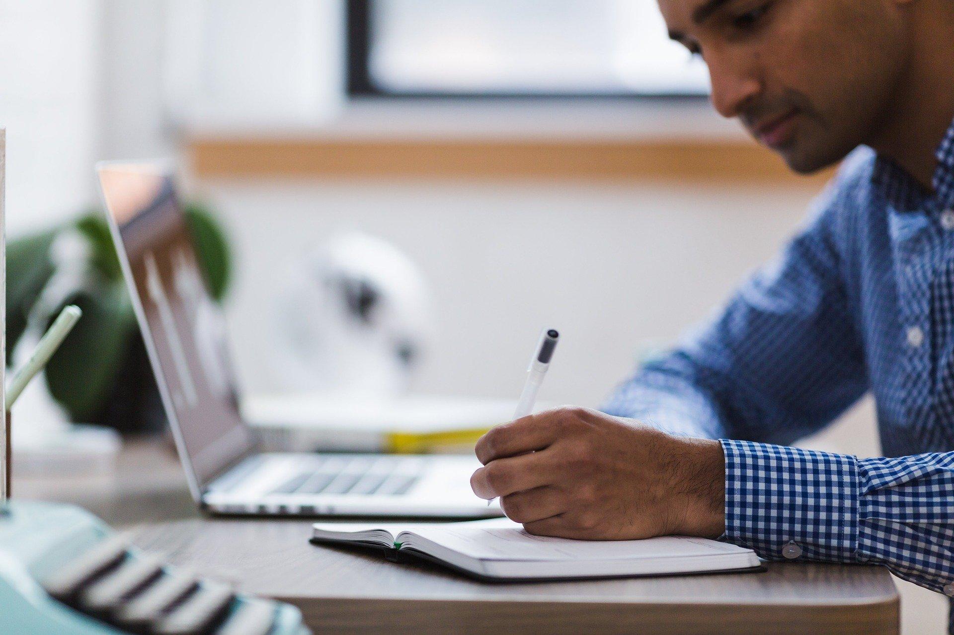 Quais são os melhores cursos EAD para quem quer um novo emprego em 2020?