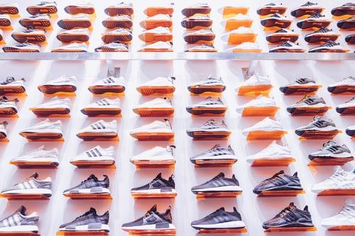O que é antidumping e qual é o impacto no mercado de calçados do Brasil